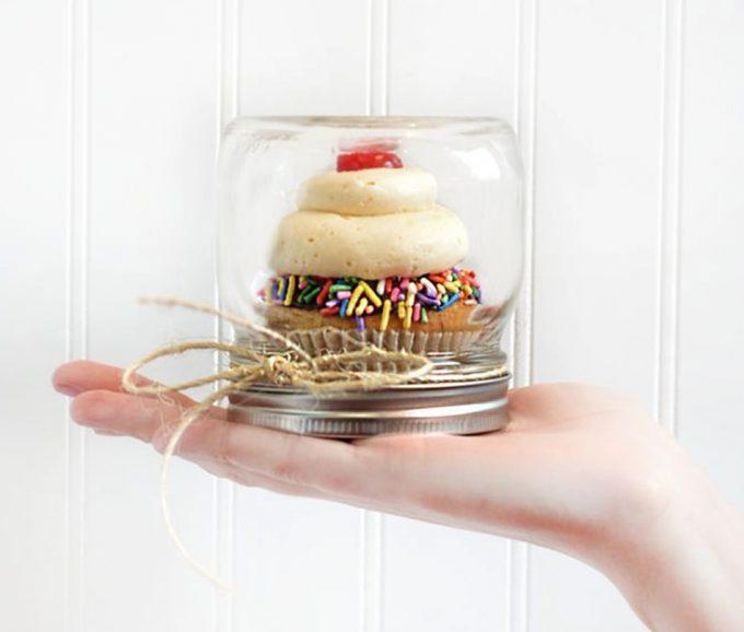 Cupcake para regalar en un tarro de cristal