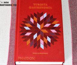 El gran libro de recetas y tradiciones de Turquía
