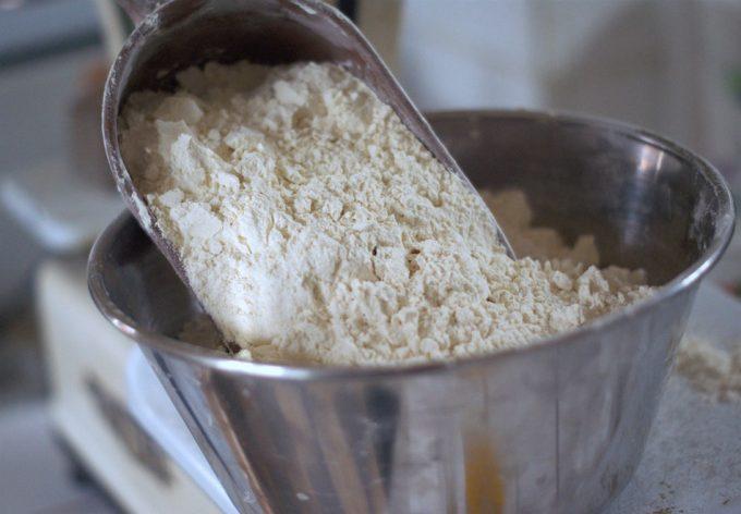 Guardar la harina en la nevera