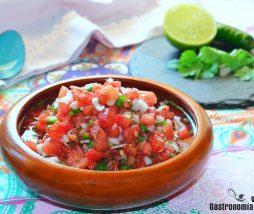 Salsa fresca mexicana