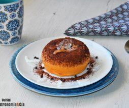 Mug cake de boniato, coco y chocolate