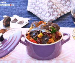 Alubias rojas, soja, verduras y trufa negra